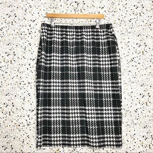 Black and White Pencil Skirt size 3X